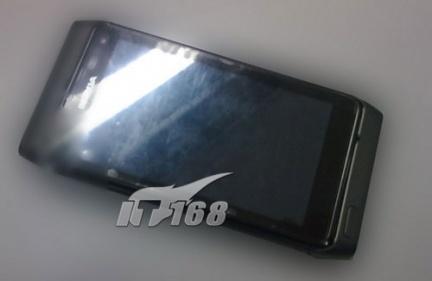 Nokia N8-000